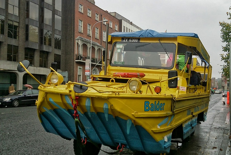 Dublin, Viking Splash Tours