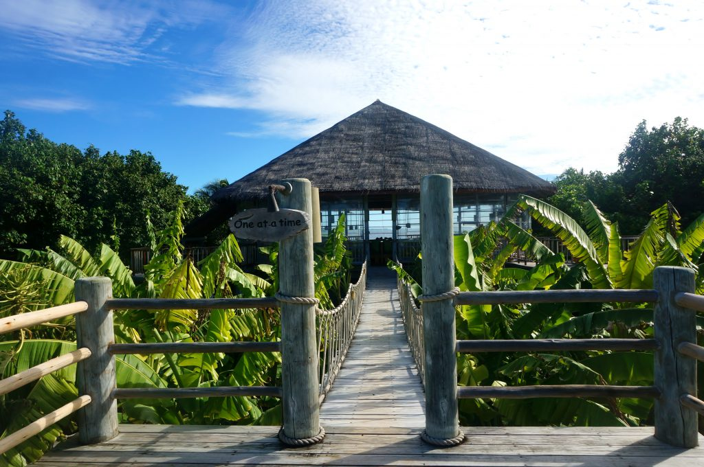 leaf six senses laamu 3
