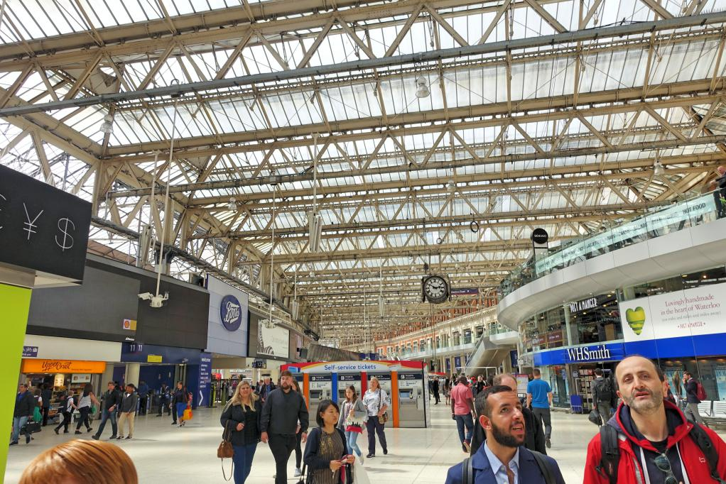 waterloo station2